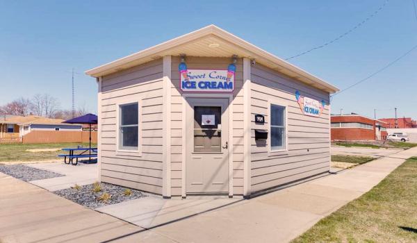 sweet corner ice cream, ice cream kenosha, kenosha ice cream parlor